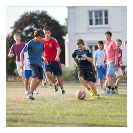 Futbol ve İngilizce Premium Yaz Okulları